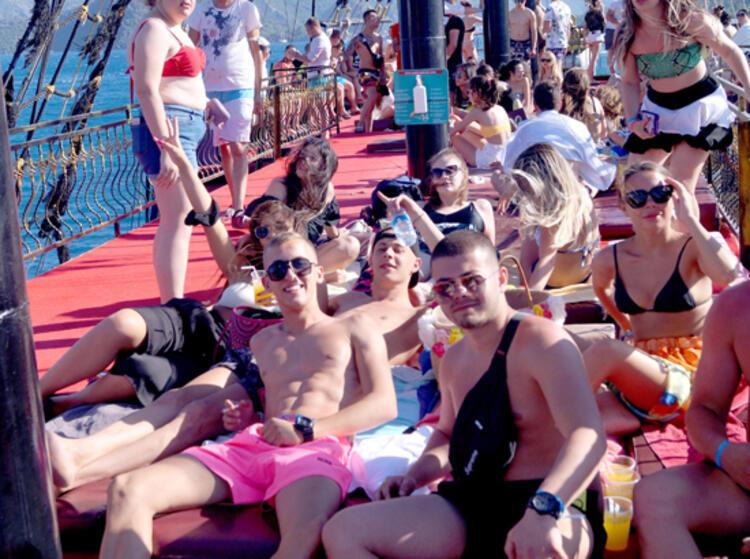 Marmaris'te günübirlik tekne turları başladı!