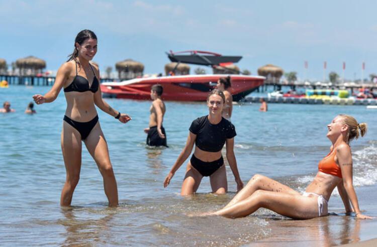 Aşılamasının yaygınlaştığı Türkiye'de turizm canlanıyor
