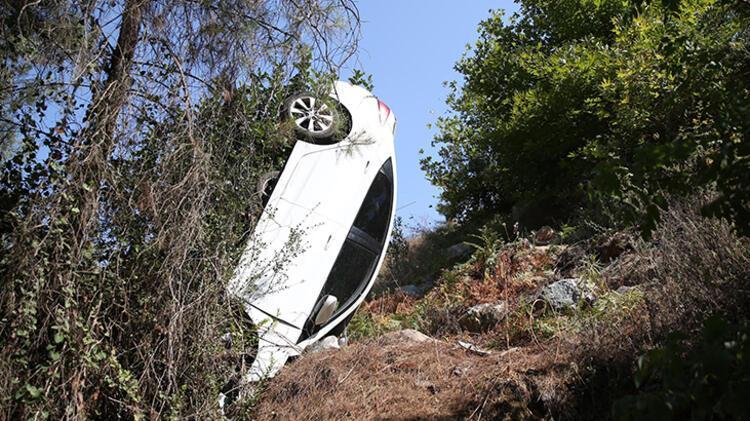 Otomobil şarampole yuvarlandı: 4 Rus yaralı 1 – 60feca1f86b2471e405b8f21