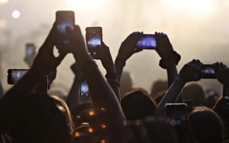 En az bir yıl öncesine ilişkin data, ses ya da SMS kullanım trafiği şartı