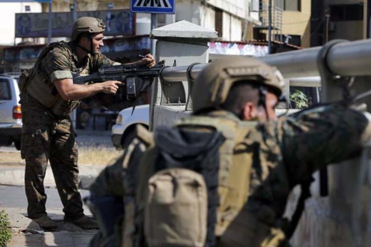 Lübnanda göstericilere ateş açıldı