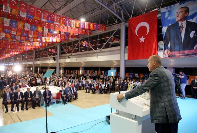 Cumhurbaşkanı Erdoğan: Faizler düşüyor, enflasyondaki gerileme de sürecek