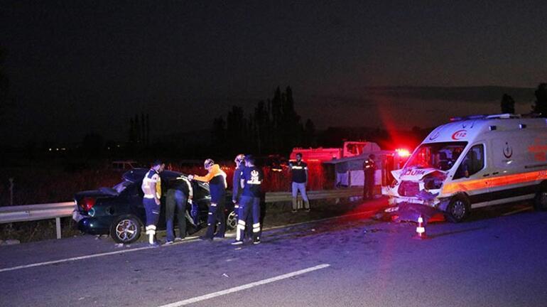 Son dakika | Kütahyada zincirleme trafik kazası Ölü ve yaralılar var
