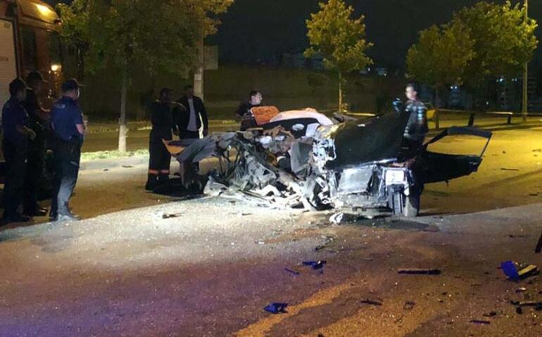 Gece yarısı feci kaza Kimliği bile belirlenemedi...