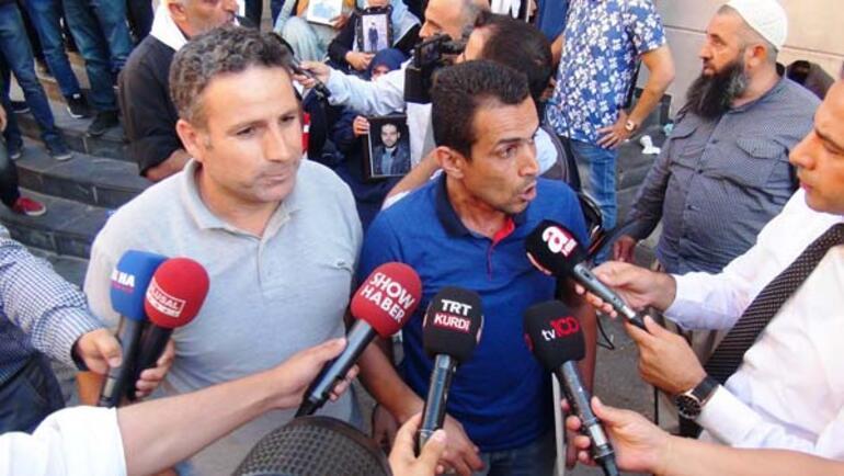 HDP önündeki oturma eyleminde battaniye gerginliği