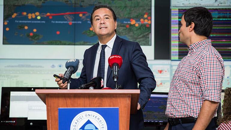 Kandilli Rasathanesinin açıklaması sırasında canlı yayında deprem oldu