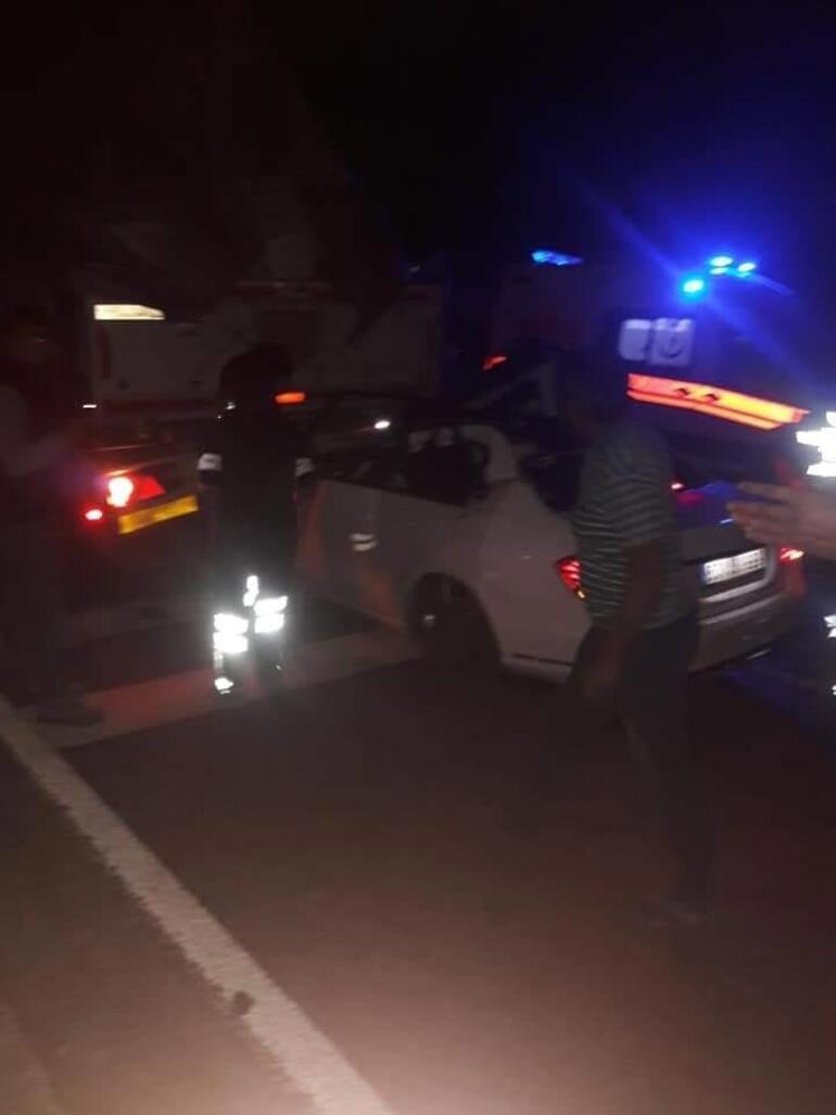 Otomobil sürücüsü feci şekilde hayatını kaybetti