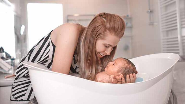 Yenidoğan bebek nasıl yıkanmalı