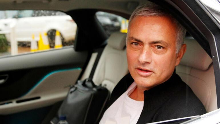 Lyon ters köşe Mourinho başka kulüple anlaşmış...