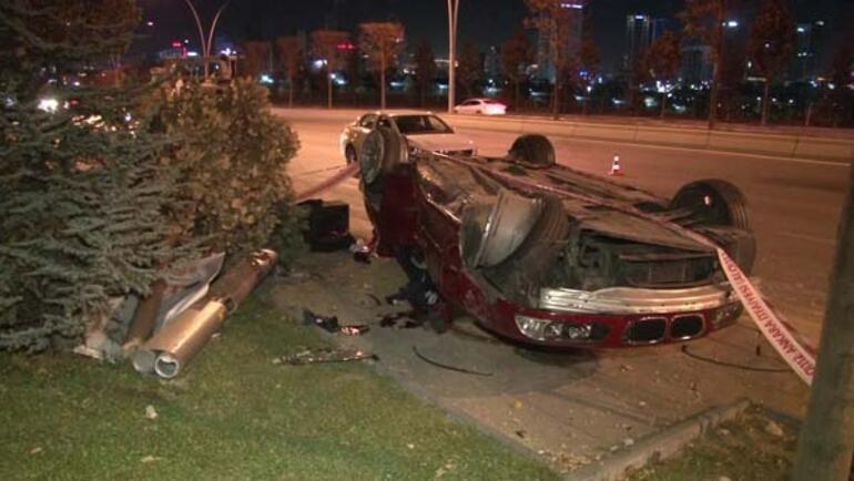 Ankarada feci kaza Ölü ve yaralılar var...