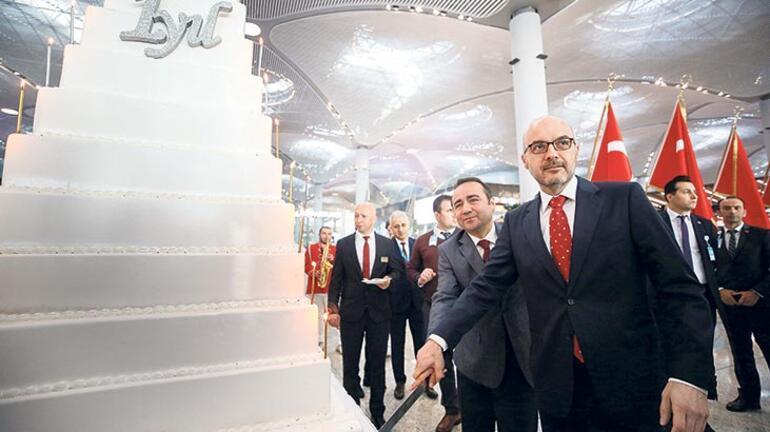 İstanbul Havalimanı'nda  '95+1'İnci yaş kutlaması