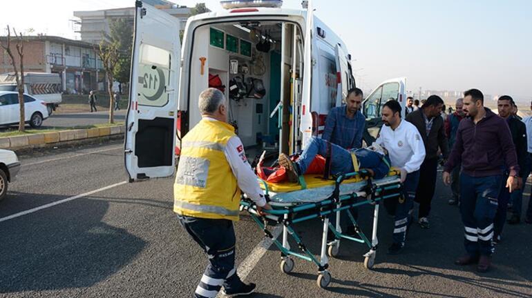Kamyonetin çarptığı simitçi ağır yaralandı