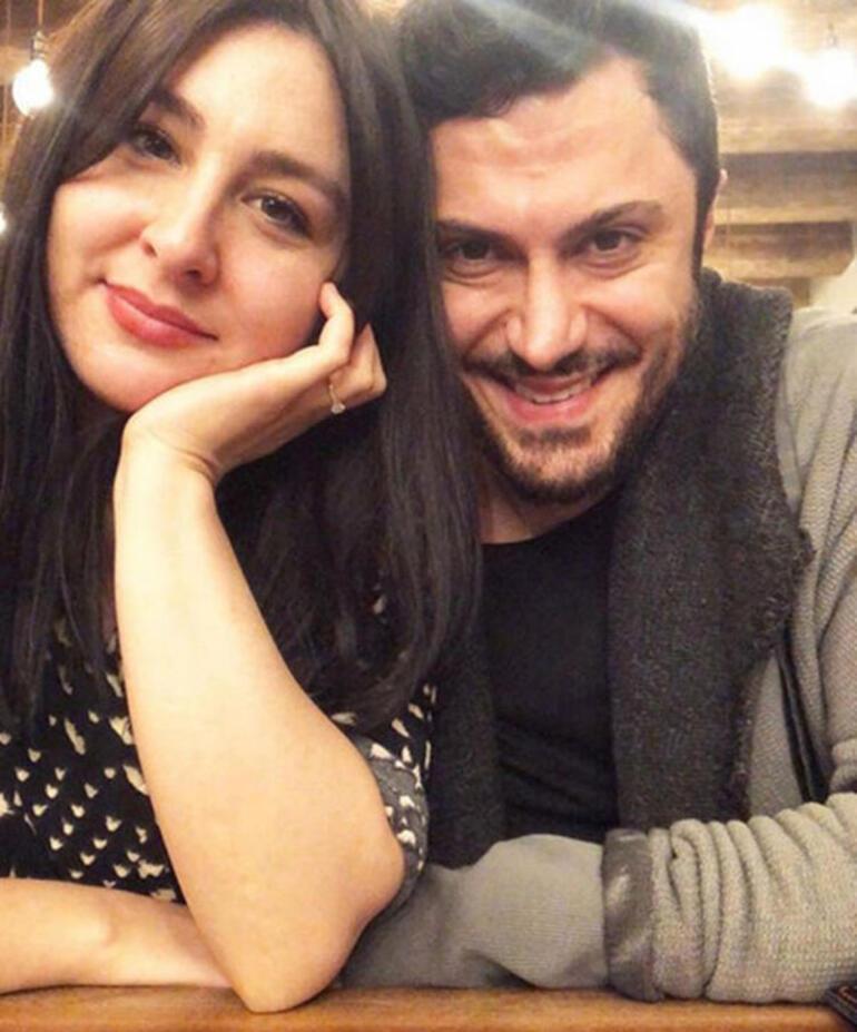 Yasemin Sakallıoğlu nişanlısından ayrıldı