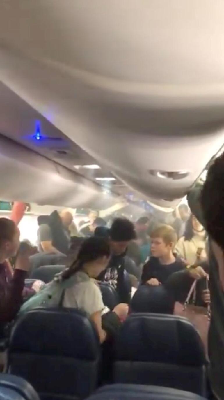 Uçakta korku dolu anlar Hemen iptal edildi