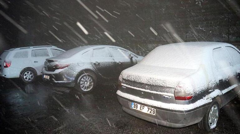 Kırklarelide kar yağışı başladı