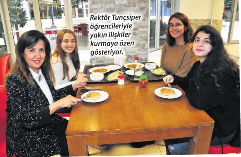 İzmir Demokrasi hep talep görecek