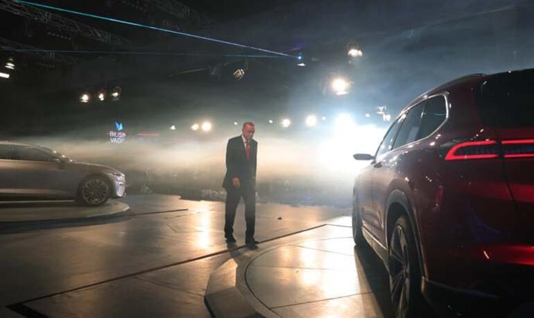 Cumhurbaşkanı Erdoğan yerli otomobili tanıttı İşte yerli otomobilden ilk görüntü...