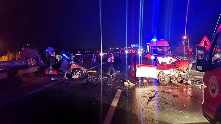 Edirnede feci kaza 3 ölü, 2 yaralı