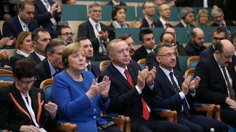 Son dakika... Cumhurbaşkanı Erdoğan: Libyada krizi sonlandırmak en büyük hedefimiz