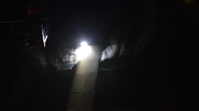 İstanbulda dört katlı bir tekstil fabrikasında yangın