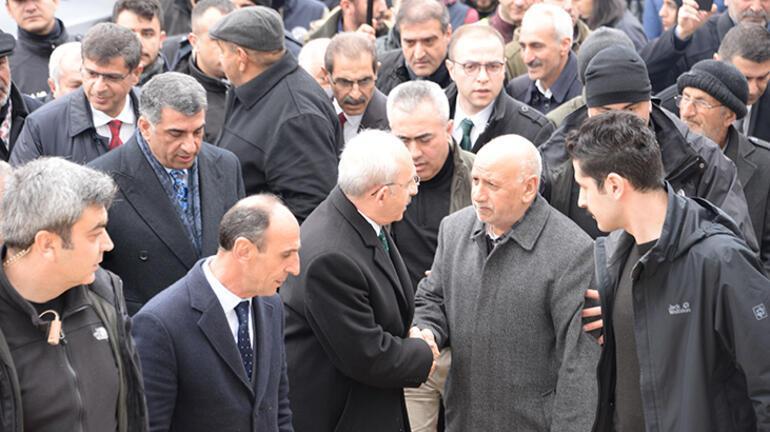 Son dakika: Kılıçdaroğlu, açıklama yaptığı sırada deprem oldu