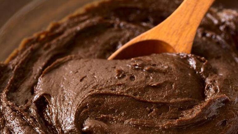 Kolay ıslak kek tarifi-Kakaolu ıslak kek nasıl yapılır