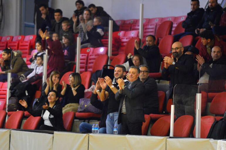Beşiktaş HDI Sigorta - Galatasaray: 67-57
