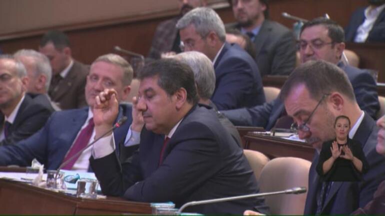 İBB meclisinde küfür gerginliği