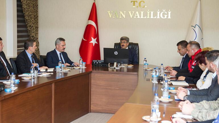 Türkiyenin dibindeki tehlike En yakın ilin Valisi konuştu...