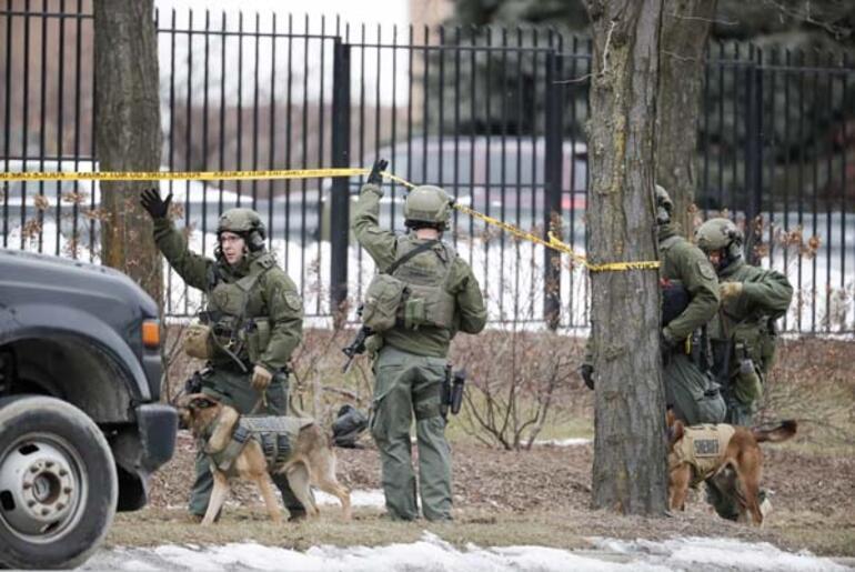 Son dakika | ABDde silahlı saldırı Donald Trumptan ilk açıklama...