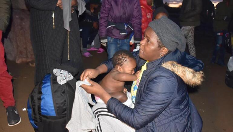 İzmirden Yunanistana mülteci akını