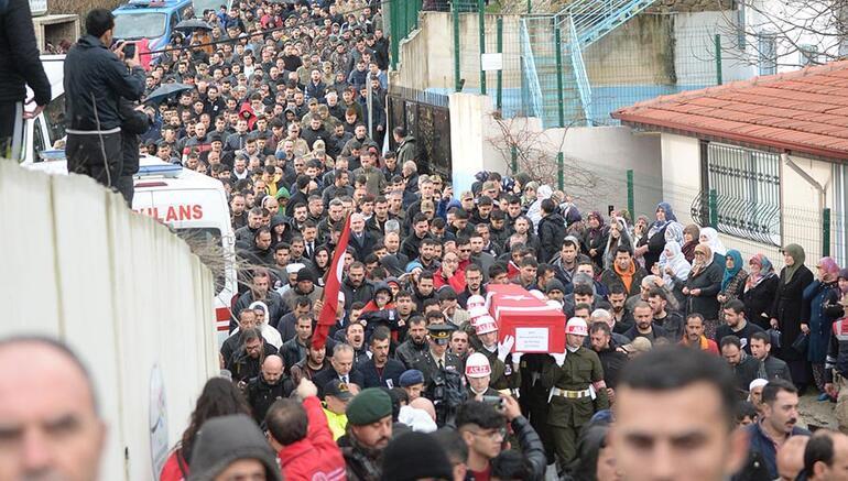 Son dakika... Türkiye şehitlerini  uğurluyor