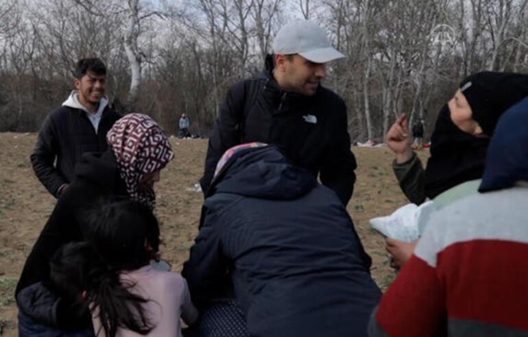 Ulaş Tuna Astepe sınırda bekleyen göçmenlere yardım dağıtmaya gitti