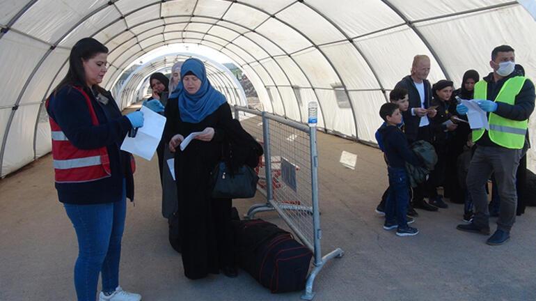 Öncüpınardan 2 bin Suriyeli, bayram için ülkesine gitti