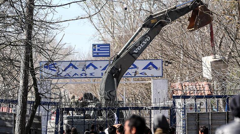 Yunanistan, Kastanies Sınır Kapısına beton bloklar yerleştirdi
