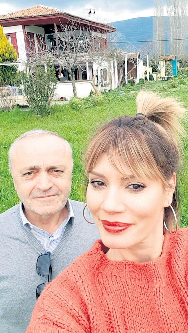 Ünkapanı plakçısı Mustafa Sandal