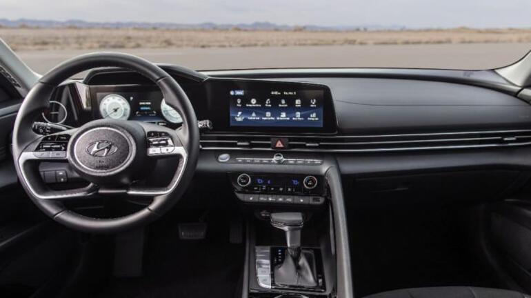 Hyundai Elantra yenilendi