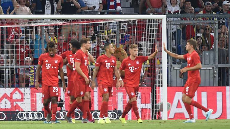 Bayern Münihli oyunculardan corona jesti