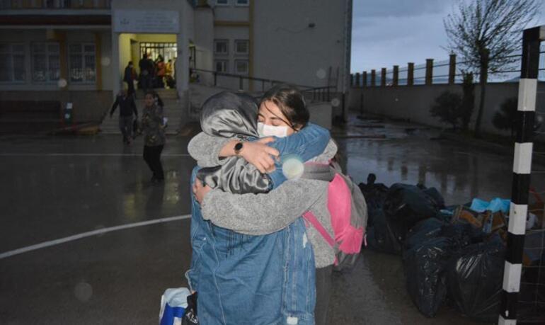 14 günlük karantina süresi sona erdi Öğrenciler ailelerine kavuştu