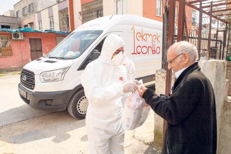 Mersin Büyükşehir Belediyesi esnaf ve yoksula nefes oldu