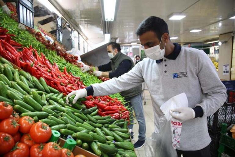 Kadıköy Belediyesi 7/24 yanınızda Yaşlıların sıcak yemeği kapılarına kadar gidiyor
