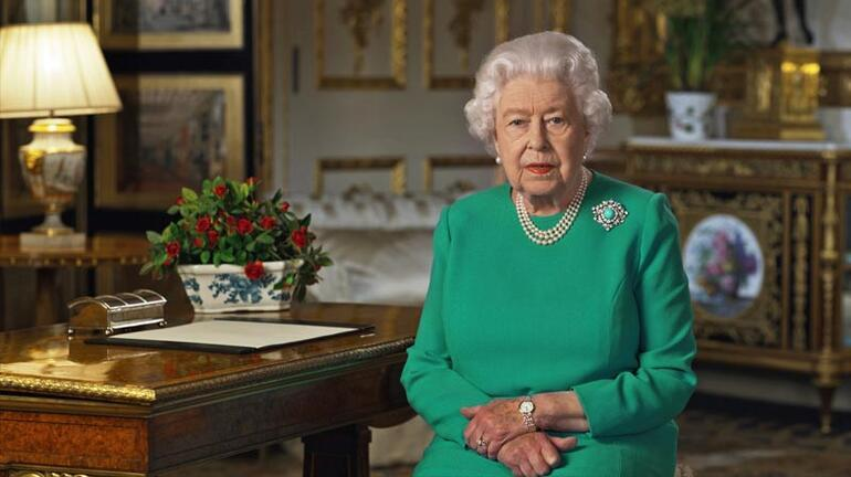 Kraliçe Elizabeth beşinci kez halka seslendi Başaracağız