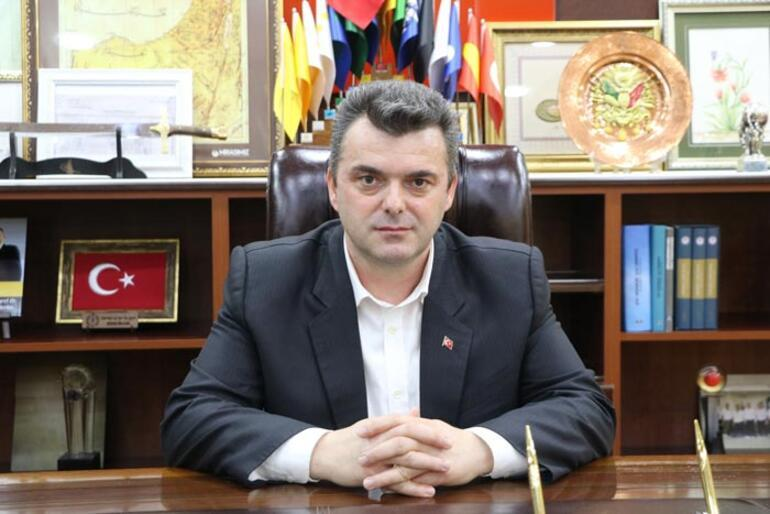 İstanbula en yakın tatil beldelerinden biri 20 bin kişi geldi belediye başkanı seslendi: Lütfen evlerinizde kalın