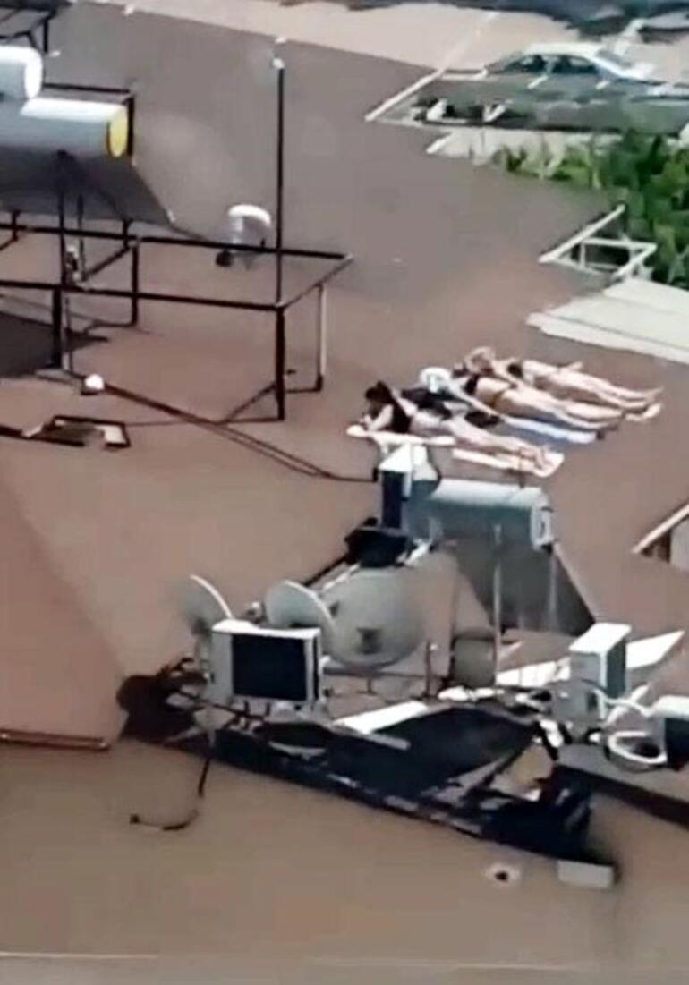 Burası Antalya Bikinilerini alıp çatıya koştular