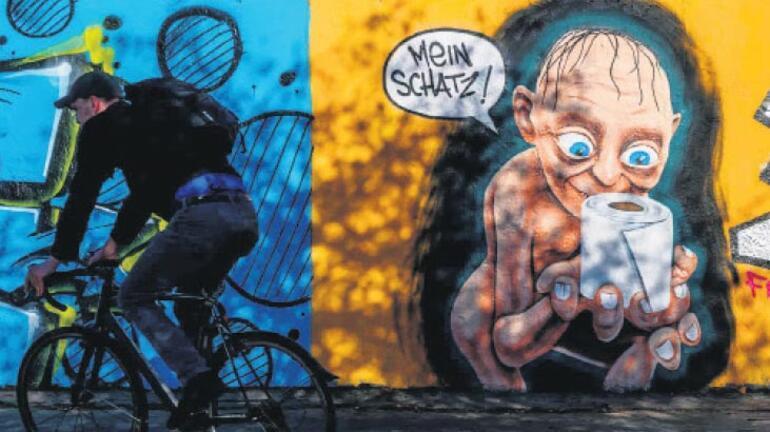Koronalı grafitiler