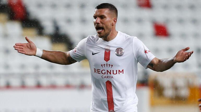 Antalyasporlu futbolcu Podolski futbolu özledi