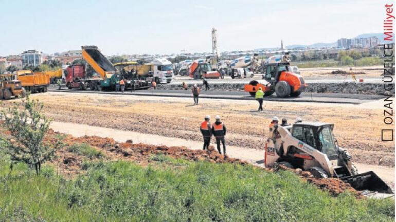 Hastane yolu asfaltlanıyor