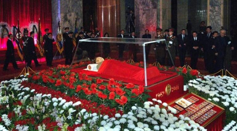 Kim Jong Un öldü mü, nerenin başkanı Kim Jong Un kimdir, kaç yaşında