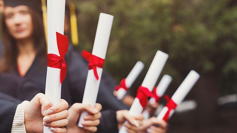 Üniversite onaylı uzaktan eğitim sertifika programları