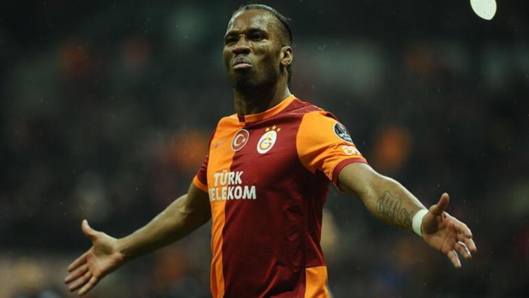Drogba, Ligue 1in en iyi forveti seçildi